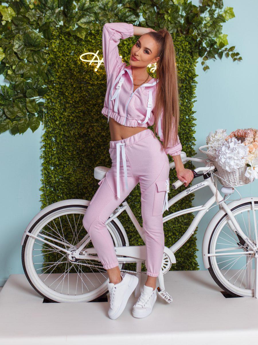 dres komplet bluza z zamkiem i kapturem spodnie klamerki tasmy jasny roz (1)