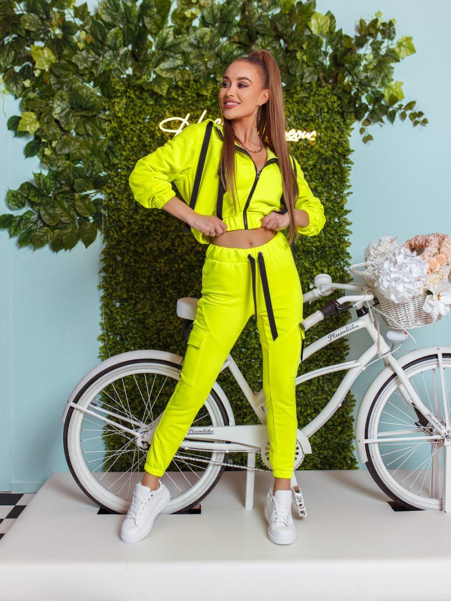 dres komplet bluza z zamkiem i kapturem spodnie klamerki tasmy limonka (1)