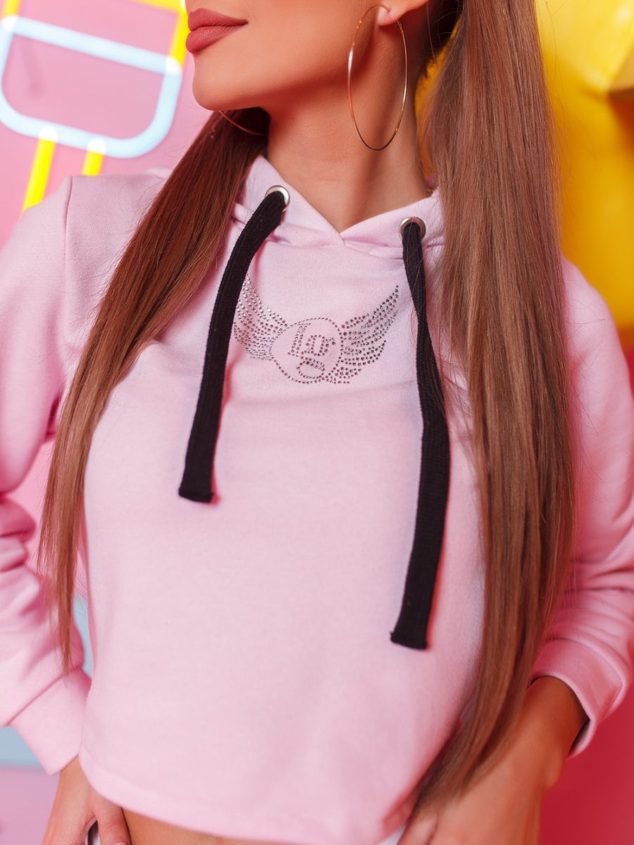 krotka bluza damska z cyrkoniami wiazana z tylu jasny roz (2)