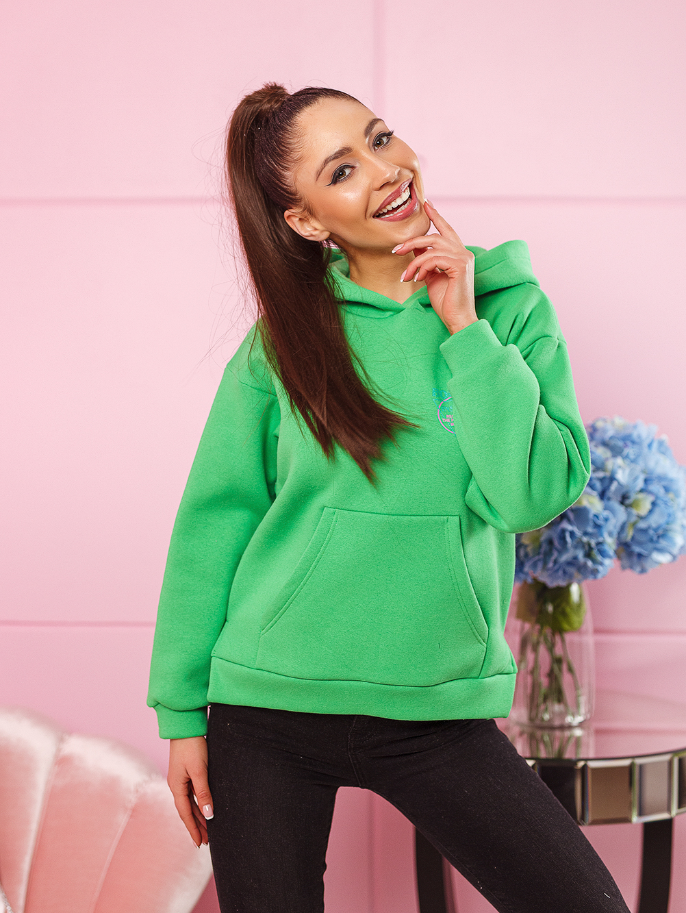 bluza damska bawelniana z zamkami po bokach nadruk na plecach i na piersi zielona (2)