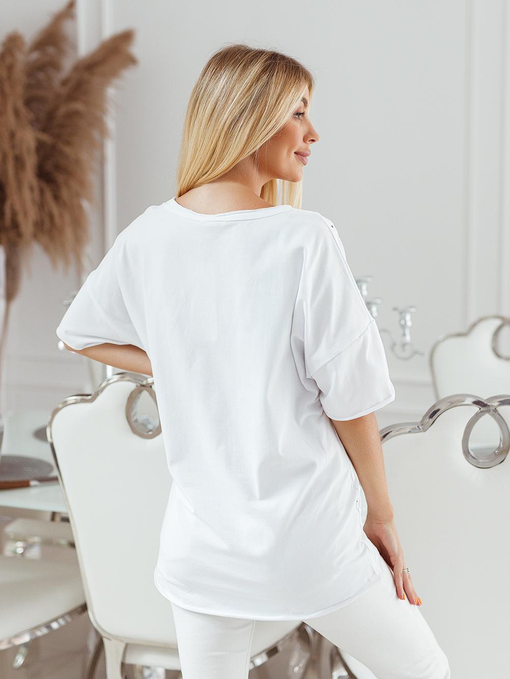 T-shirt big size nakrapiany z haftem biały 3