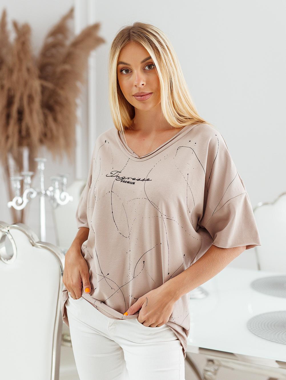 T-shirt big size nakrapiany z haftem mokka