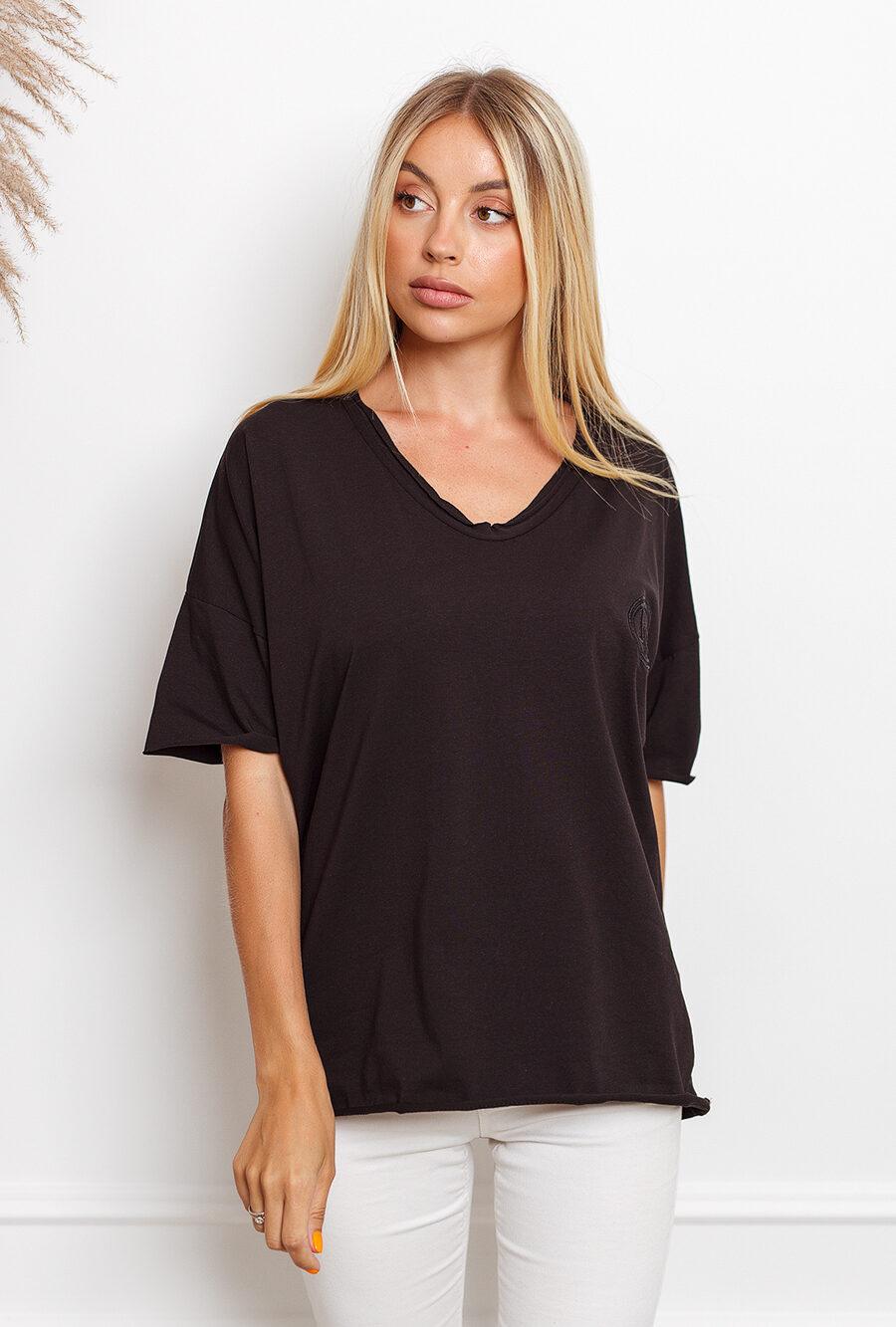 T-shirt big size z haftowanym logiem czarna 2