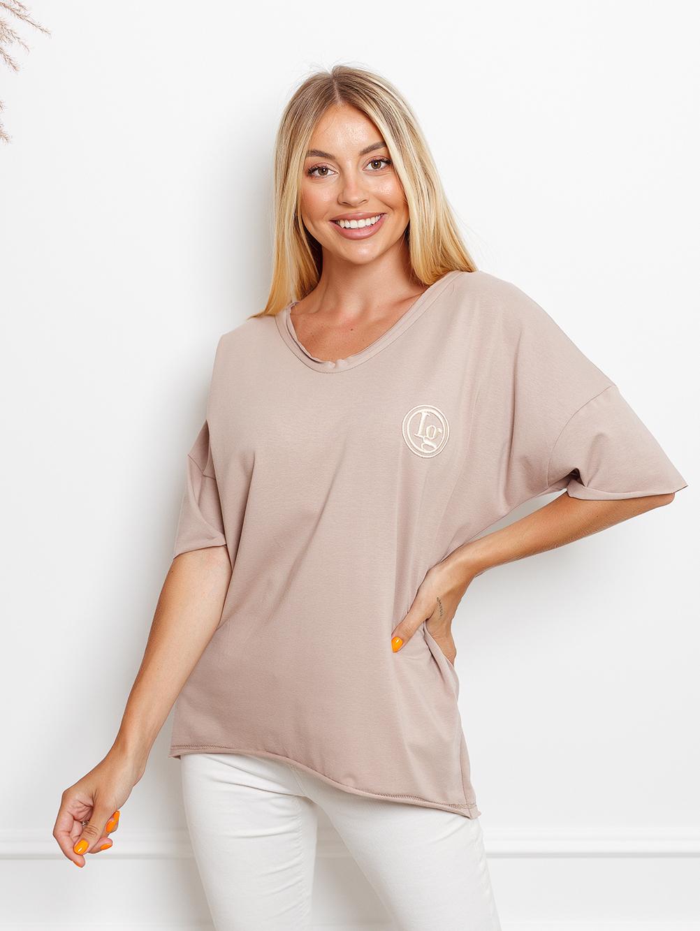 T-shirt big size z haftowanym logiem mokka