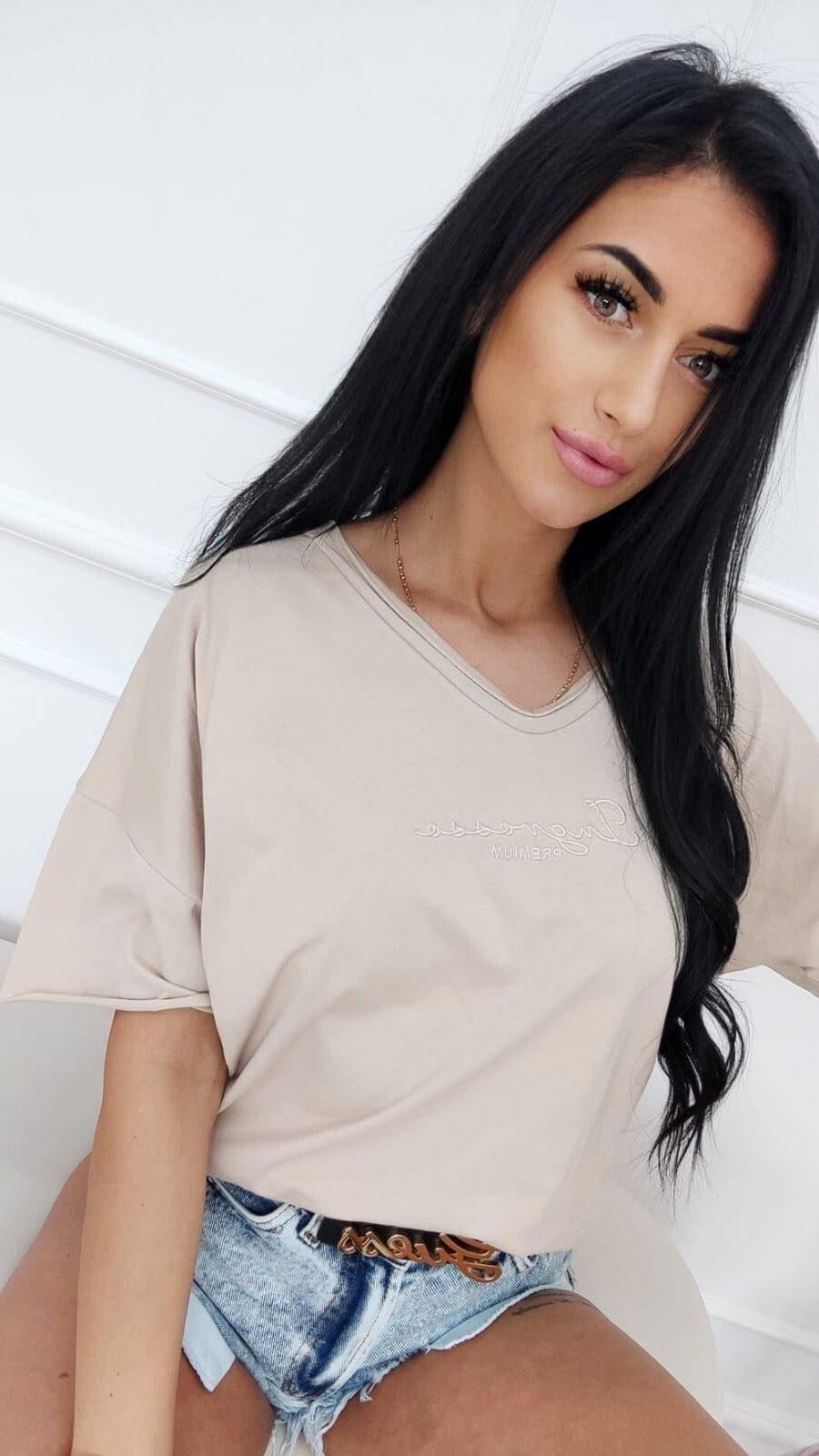 koszulka t-shirt duze rozmiary haft ingrosso jasny bez